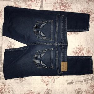 Hollister super skinny jeans: 5R in juniors
